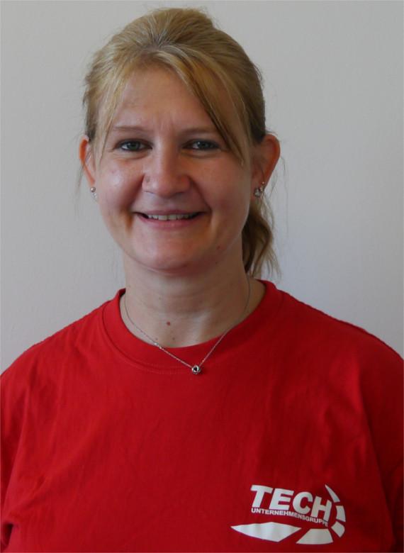 Jennifer Rieser - Servicemeisterin